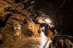 Corridoio in una miniera d'argento, Tarnowskie sanguinoso, sito di eredità dell'Unesco Immagini Stock