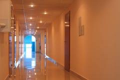 Corridoio vuoto dell'ufficio Immagine Stock Libera da Diritti