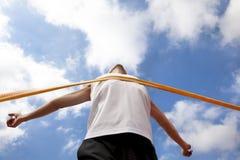 Corridore di conquista con la nube Fotografia Stock Libera da Diritti
