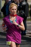 Corridore maratona della donna Fotografia Stock Libera da Diritti