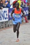 Corridore maratona della città 2013 di Milano immagine stock libera da diritti