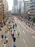 Corridori alla maratona 2008 di Tokyo fotografie stock