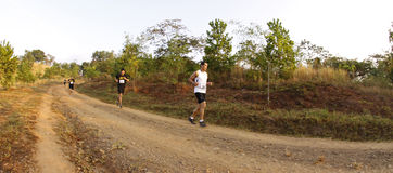 Corridori della traccia di maratona Fotografie Stock Libere da Diritti