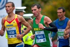 Corridori di maratona non identificati Fotografie Stock Libere da Diritti