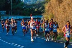 Corridori maratona Dawn Colors Sunrise immagini stock libere da diritti