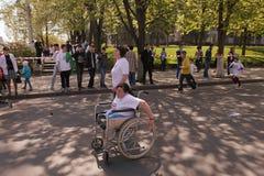 Corridori maratona sulla giumenta di Stefan cel della via con il particip Immagine Stock Libera da Diritti