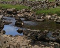 Corriente de la cascada de Ingleton Fotos de archivo libres de regalías