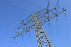 Corriente eléctrica de la alta tensión Imagen de archivo
