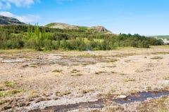 corriente en Haukadalur Spring Valley caliente en Islandia Fotografía de archivo libre de regalías
