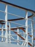 Corrimani della scala della piattaforma della nave da crociera immagini stock libere da diritti
