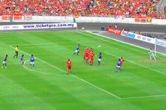 Corrispondenza di gioco del calcio di Liverpool e della Malesia Fotografie Stock Libere da Diritti