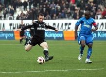 Corrispondenza di gioco del calcio fra PAOK F.C. e KAVALA F.C. Fotografia Stock