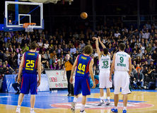 Corrispondenza di pallacanestro Fotografie Stock