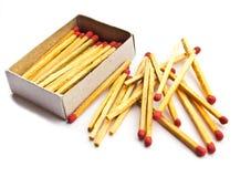 Corrispondenze e scatola di fiammiferi isolate Fotografie Stock Libere da Diritti
