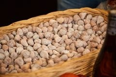 CORROIOS, SEIXAL, ZONA METROPOLITANA DE SETÚBAL, LISBOA, PORTUGAL - ENERO DE 2018 Feria del chocolate de Corroios Imagen de archivo libre de regalías