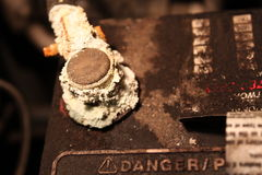 Corrosion sur un câble de batterie Photos libres de droits