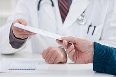 Corruptie op medisch kantoor royalty-vrije stock fotografie