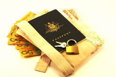 Corsa & obbligazione del passaporto Fotografia Stock Libera da Diritti