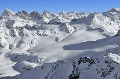 Corsa con gli sci del ghiacciaio in Svizzera Immagini Stock Libere da Diritti
