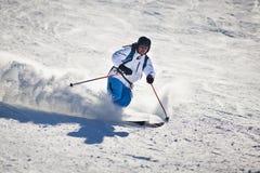 Corsa con gli sci dell'uomo Fotografia Stock Libera da Diritti