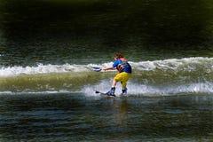 Corsa con gli sci di acqua del bambino Fotografie Stock Libere da Diritti
