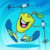 Corsa con gli sci divertente del carattere della mela sul fondo astratto Fotografia Stock