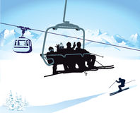 Corsa con gli sci e seggiovia nell'inverno illustrazione vettoriale