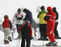 Corsa con gli sci e snowboard Immagine Stock