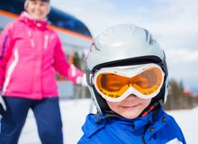 Corsa con gli sci, inverno, famiglia Immagine Stock Libera da Diritti