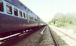 corsa d'accelerazione interna del treno fotografia stock