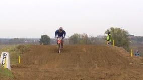 Corsa del motocross di sport dei motocicli video d archivio