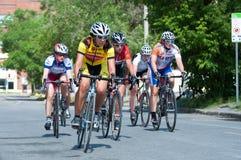 Corsa della bici in via della città Immagine Stock Libera da Diritti