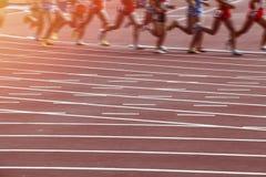 Corsa di atletica dell'uomo del mosso Immagine Stock Libera da Diritti