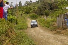 Corsa di automobile di Baja Pedernales fotografie stock