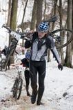 Corsa di bicicletta di inverno Fotografie Stock Libere da Diritti