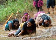 Corsa di funzionamento del fango Immagini Stock Libere da Diritti
