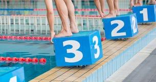 Corsa di nuoto Immagini Stock