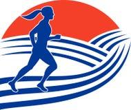 Corsa femminile del corridore di maratona Fotografia Stock Libera da Diritti