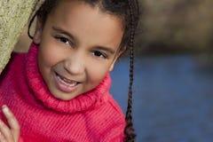 corsa mixed della bella ragazza dell'afroamericano Immagini Stock