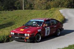Corsa Vettura DA Alpha Romeo Alfetta Gtv Lizenzfreie Stockbilder