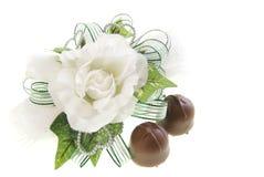 Corsage e chocolate Imagens de Stock Royalty Free