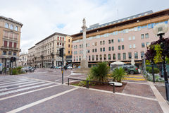 Corso Giuseppe Garibaldi w Padua, Włochy w jesień dniu Zdjęcia Stock