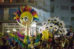 Cortège de Carnaval chez Sitges dans la soirée Images stock