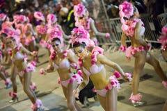 Cortège de carnaval chez Sitges dans le temps de soirée catalonia Photos libres de droits