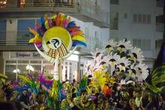 Cortège de Carnaval chez Sitges dans le temps de soirée catalonia Photo libre de droits