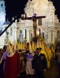 Cortège de nuit pendant le Semana Santa à Murcie Photos stock
