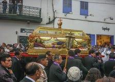 Cortège de Pâques du seigneur des tremblements dans Cusco Image stock