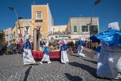 Cortège de Vendredi Saint de PROCIDA PÂQUES Photographie stock