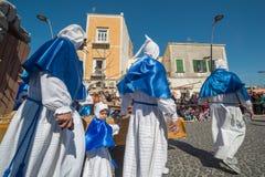 Cortège de Vendredi Saint de PROCIDA PÂQUES Images libres de droits