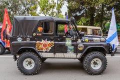 Cortège de voitures de célébration de Sotchi Victory Day Cars Photographie stock libre de droits